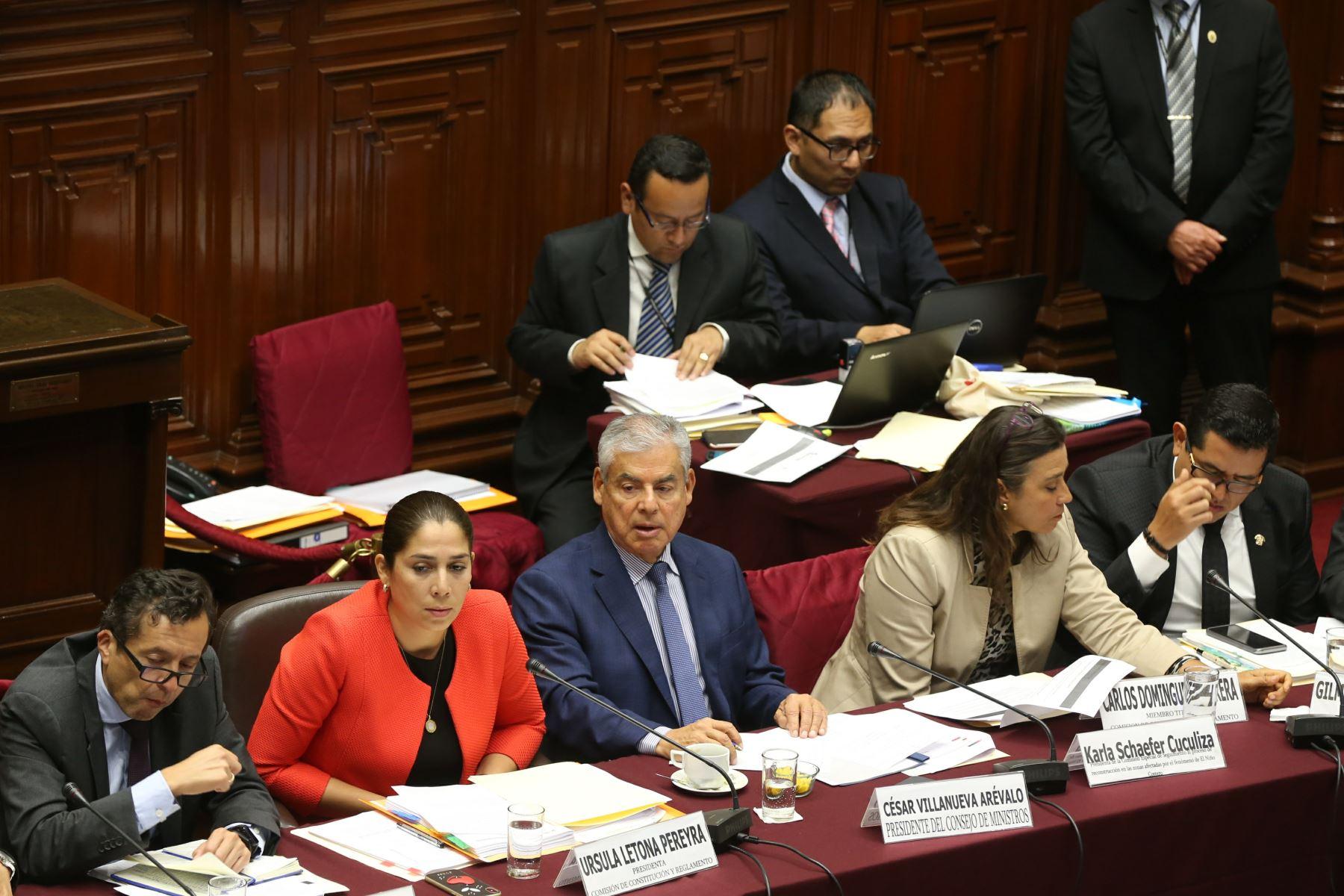 Hay que tener coraje para aumentar impuestos — César Villanueva