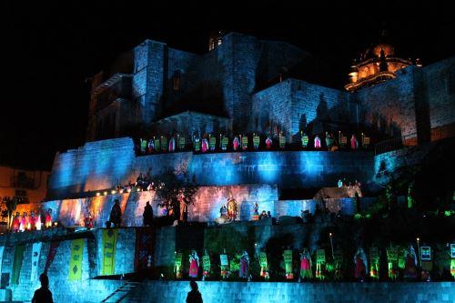 Presentación de fiestas jubilares de Cusco