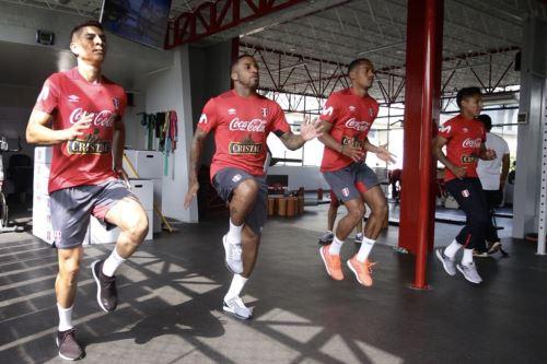 Selección peruana continua entrenamientos en la Videna
