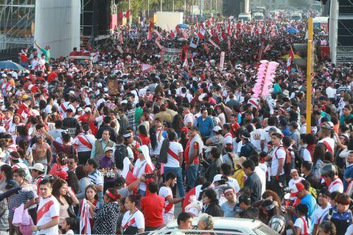 Marcha a favor de Paolo Guerrero. Foto: ANDINA/Vidal Tarqui