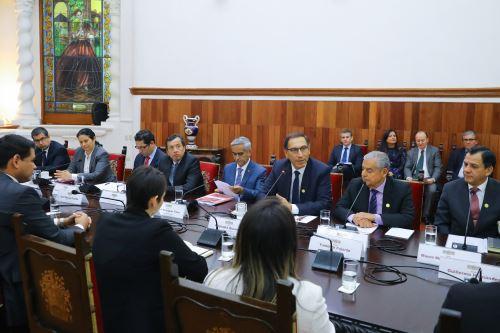 El presidente Martín Vizcarra se reúne con la Comisión Gafilat.