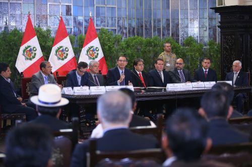 Presidente Martín Vizcarra, anuncia  transferencias para proyectos de inversión en regiones y municipios.