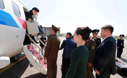 Periodistas viajan a desmantelamiento de centro nuclear norcoreano Foto: AFP