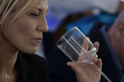 Concurso mundial de aguas finas. Foto: AFP.