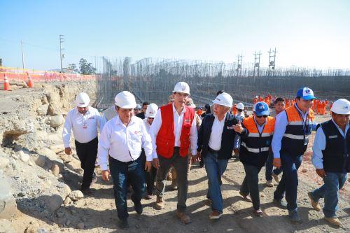 Presidente Martín Vizcarra , supervisa obras de construcción y equipamiento de la nueva Planta de Tratamiento de Agua Potable en Calana