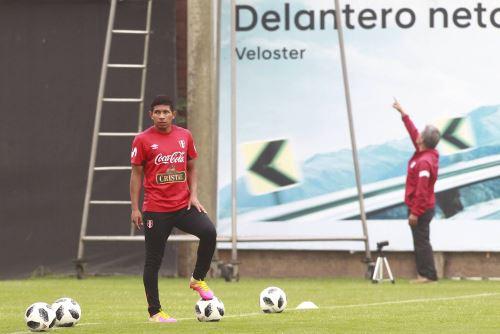 Selección peruana entrena en la Videna