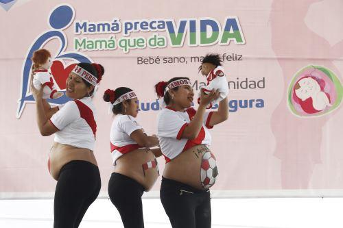 EsSalud realiza campaña de maternidad saludable