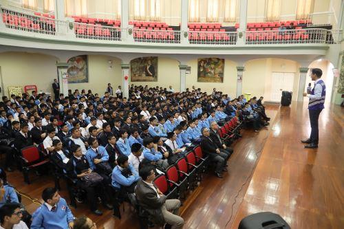 Escolares reciben charlas sobre seguridad vial y prevención de accidentes. Foto: ANDINA/Difusión.