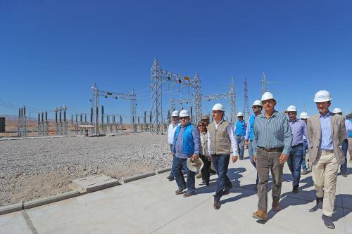 Presidente Martín Vizcarra inauguró central solar Intipampa de Moquegua