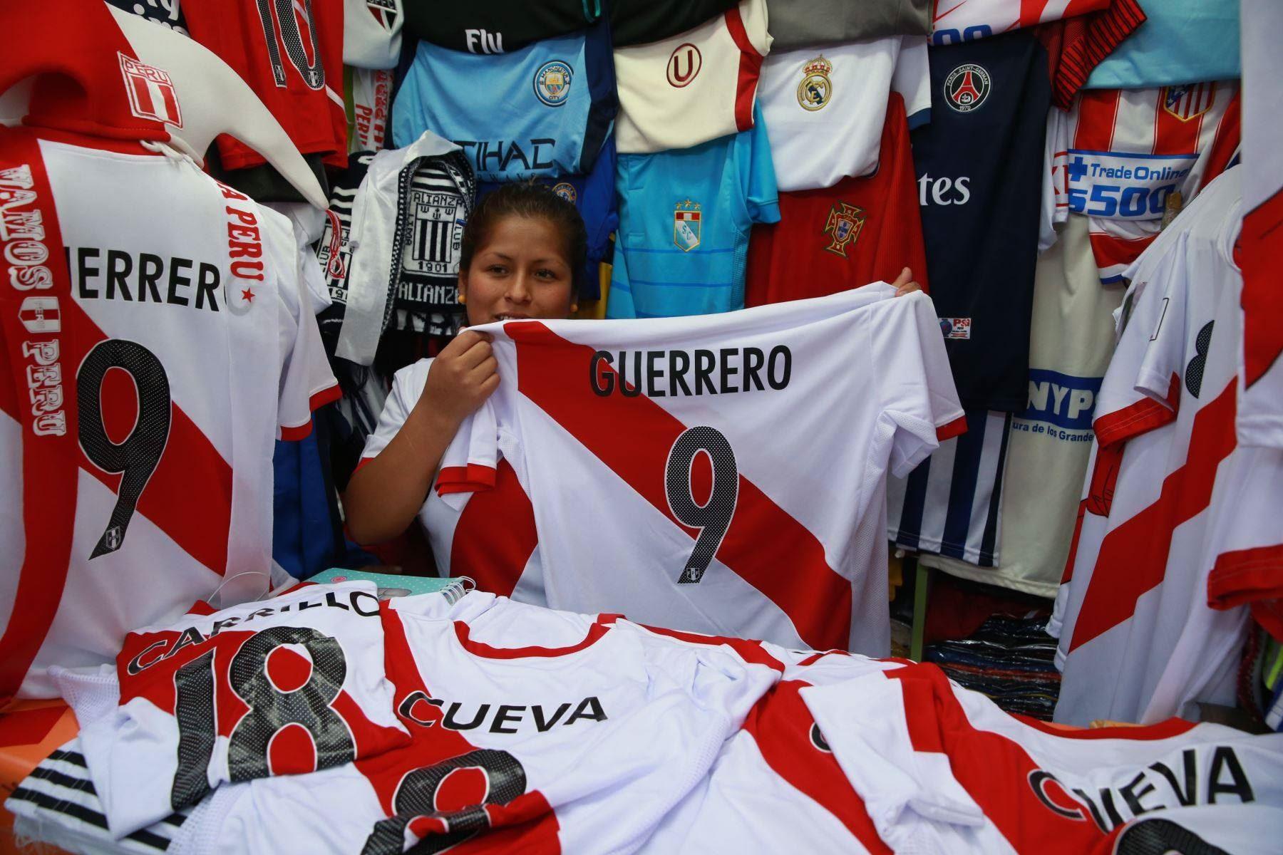 Mundial Rusia 2018 impulsa ingresos de las pyme textiles de Cusco.Foto:  ANDINA/Percy Hurtado