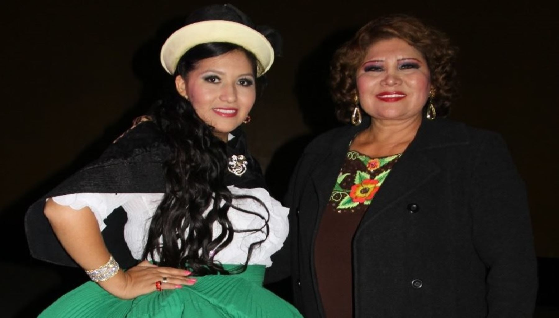 Gaby del Perú y Amanda Portales se unen en singular aniversario.