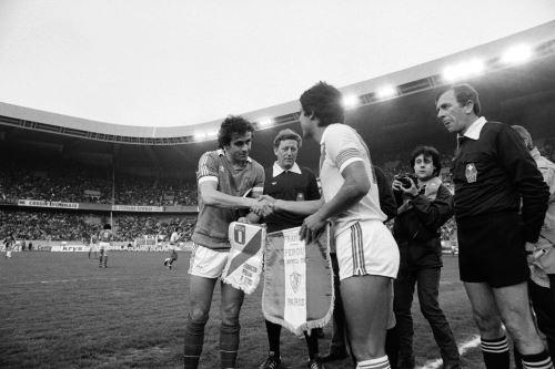 Partido entre Perú vs Francia donde los peruanos ganaron 1-0 jugado el 28-04-82