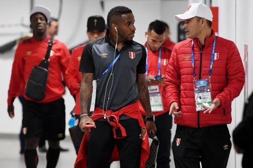 Llegada de la Selección peruana al Estadio de  Ekaterimburgo Arena
