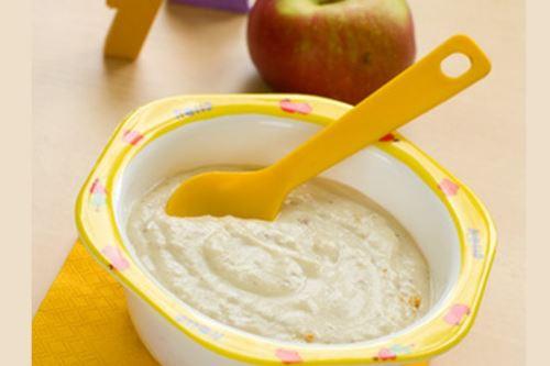 Bebés a partir de los seis meses, deben consumir papillas nutritivas y no sopas o mates. Foto: INTERNET/MEDIOS