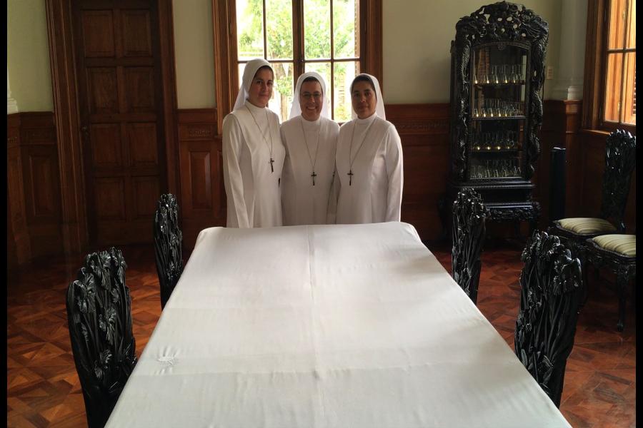 Monjas de congregación peruana atenderán al Papa Francisco