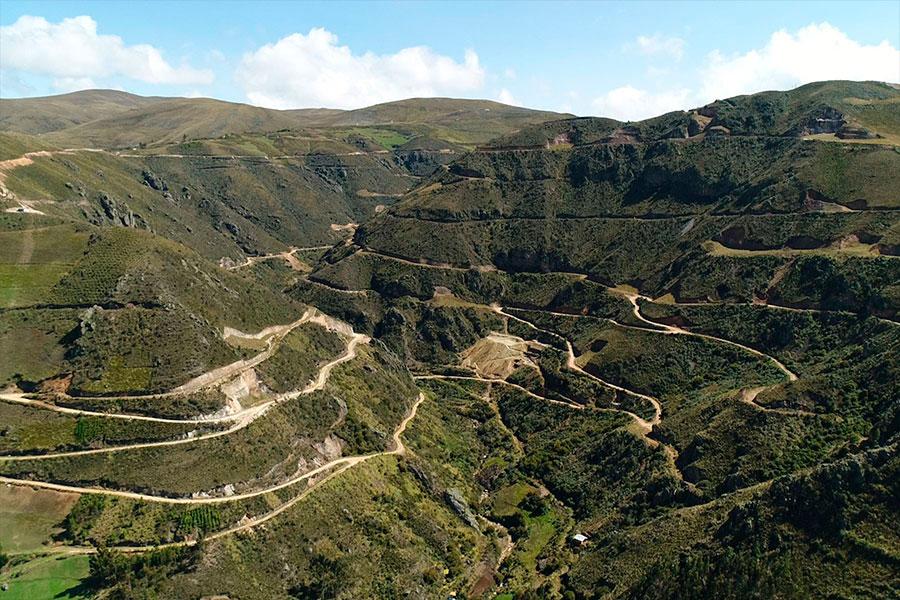 Southern Perú se adjudicó megaproyecto minero Michiquillay