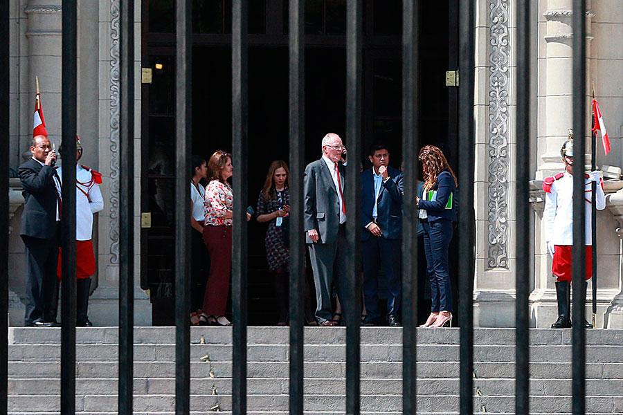 Presidente Kuczynski se despide de Palacio de Gobierno