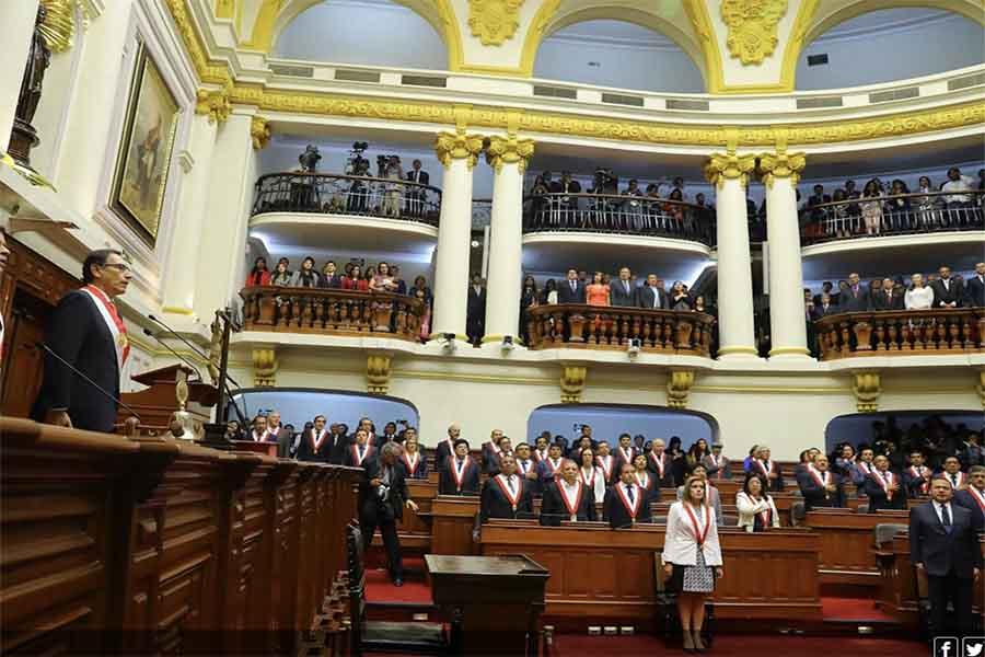 """Presidente Vizcarra: """"No nos temblará la mano frente a la corrupción"""""""