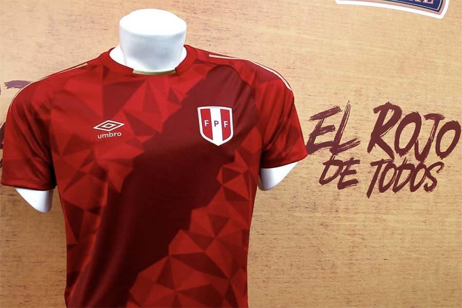Selección peruana de fútbol lanza la camiseta del hincha