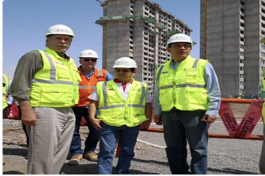 Vizcarra supervisa avance de obras en villa de atletas de Juegos Panamericanos