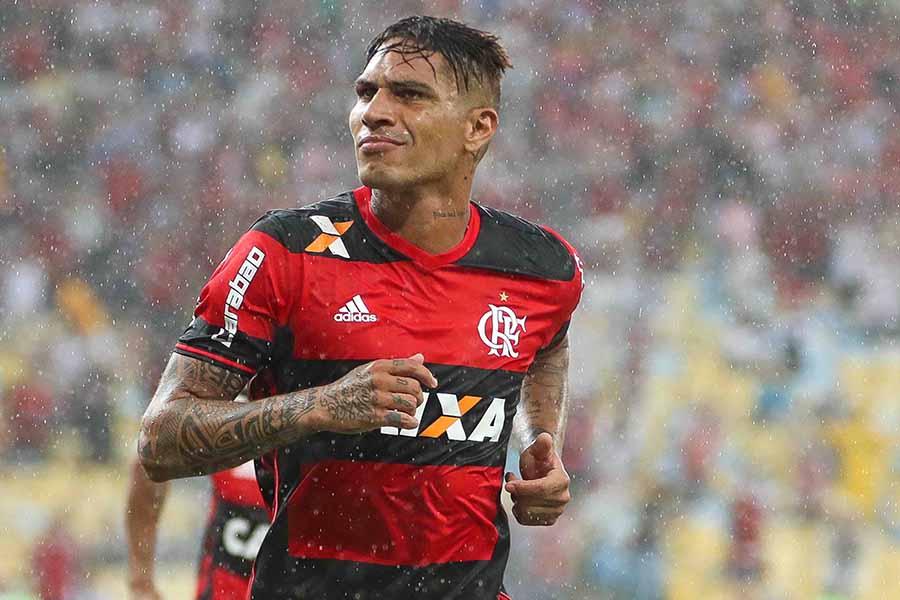 Flamengo suspende contrato de Paolo Guerrero tras sanción del TAS