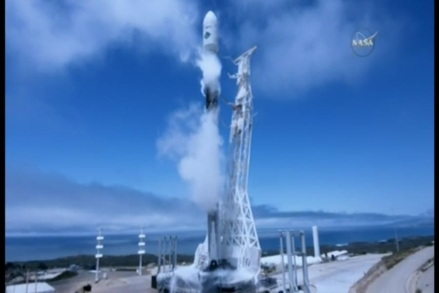 Lanzan dos satélites que van a supervisar el agua de la Tierra
