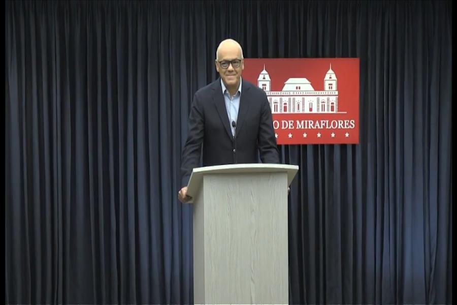 Venezuela espera que liberación de Holt ayude a diálogo con EEUU