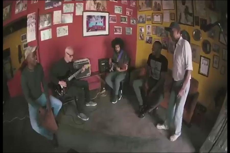 "Mira aquí el teaser del documental ""Akundún"""