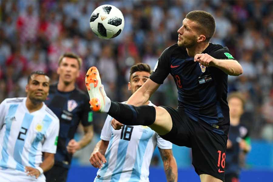 Croacia goleó 3-0 a Argentina