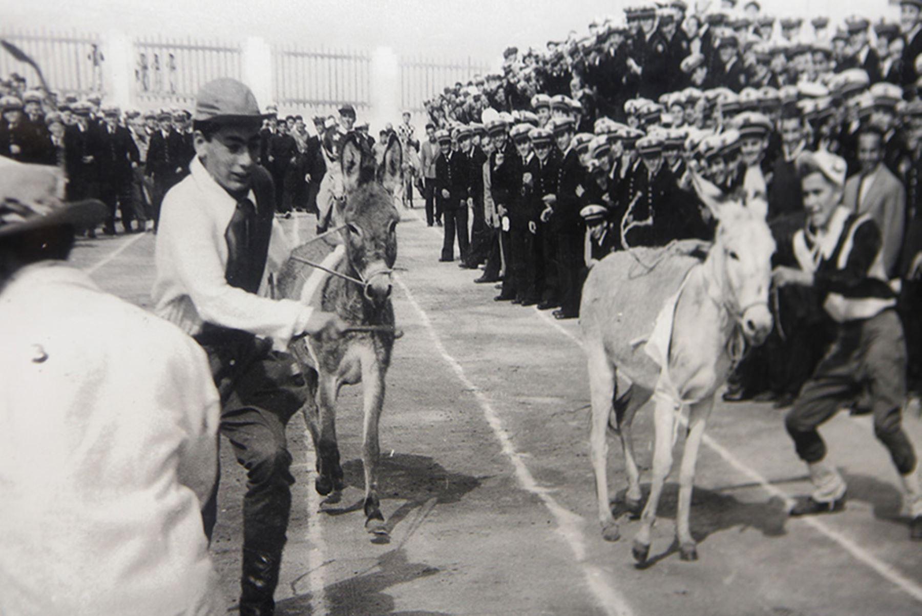 Vargas Llosa durante una competencia en el Colegio Militar Leoncio Prado.