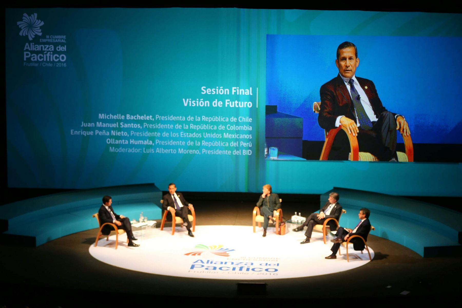 Presidente Ollanta Humala participa en XI Cumbre de la Alianza del Pacífico.