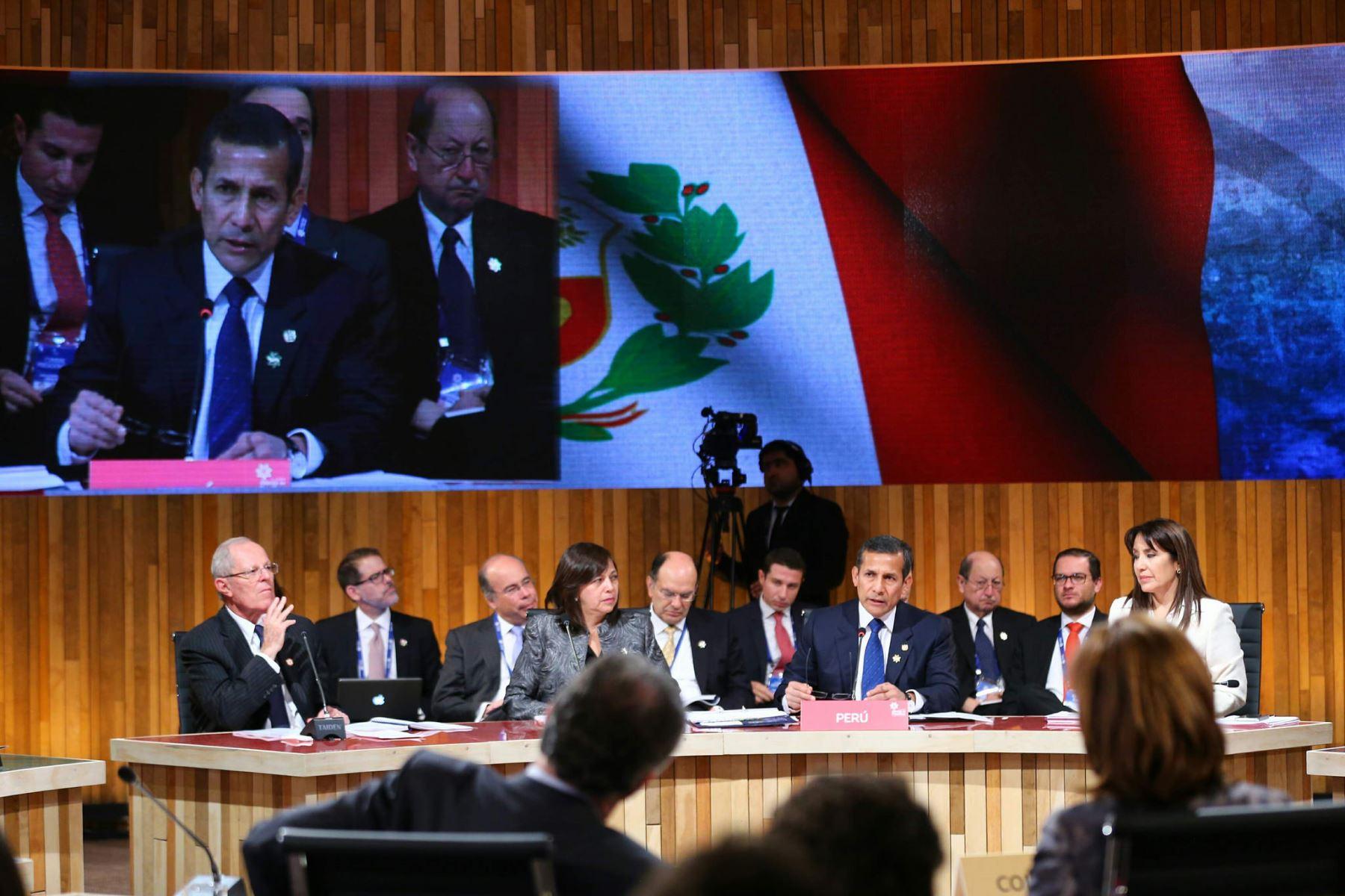 Presidente Ollanta Humala participó en la inauguración de la XI Cumbre de la Alianza del Pacífico y entregó la Presidencia Pro Tempore a Chile.
