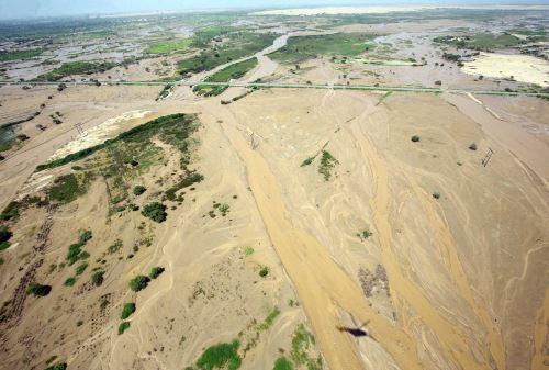 El río La Leche aumenta considerablemente su caudal en temporada de lluvias y genera inundaciones.