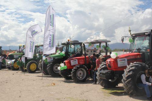 A través de Agroideas se otorgarán equipos y maquinarias a agricultores.