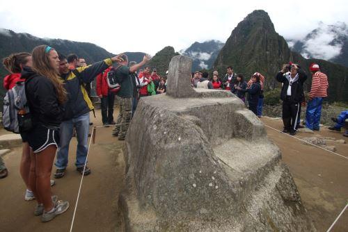 Se ha regulado las visitas a lugares emblemáticos de Machu Picchu como el Intihuatana o reloj solar.