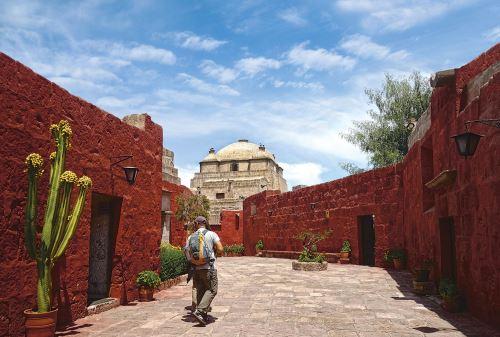 El monasterio de Santa Catalina resalta por su belleza arquitectónica virreinal.