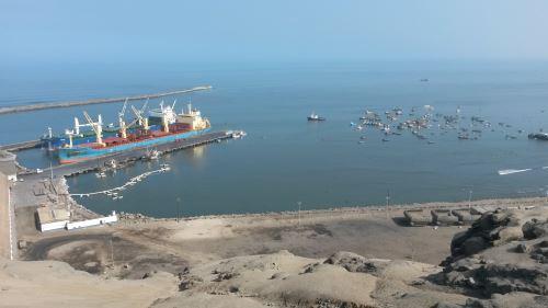 Obras contemplan ampliación del terminal para recibir embarcaciones de gran calado.