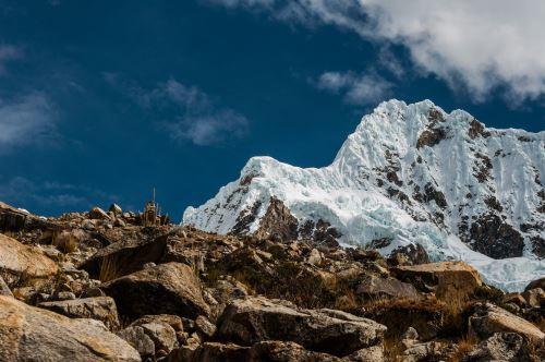 El Alpamayo es uno de los nevados más visitados por los montañistas de todo el mundo.
