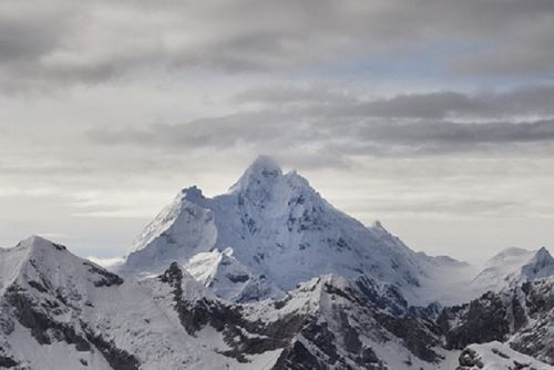 El Huantsán es la montaña más difícil de escalar de la Cordillera Blanca. Foto: enperu.org