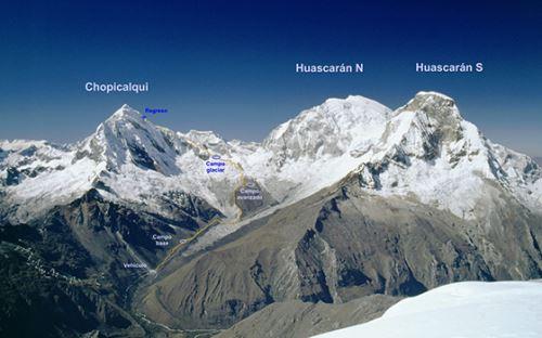 El nevado Chopicalqui conforma con el Huascarán un solo macizo. Foto: enperu.org