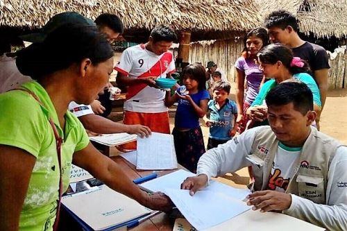Las lenguas originarias son consideradas idiomas oficiales en sus jurisdicciones.