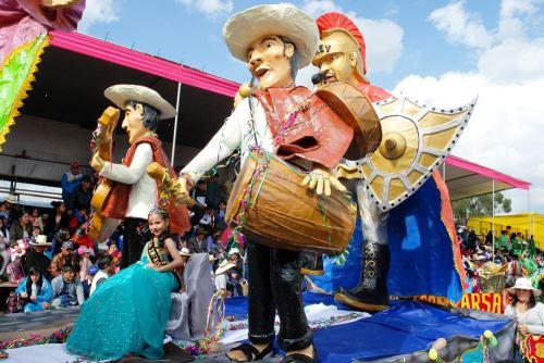 El Carnaval de Cajamarca atrae cada año a miles de turistas que llegan a la región para disfrutar de las danzas, música, gastronomía y costumbres.