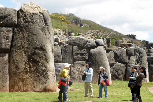 El patrimonio arqueológico del Perú es vasto y responde a las diversas culturas que existieron.