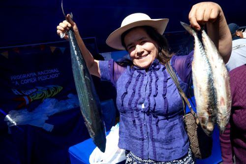 Mayor oferta de productos hidrobiológicos beneficia a pobladores de zonas alejadas de la costa.