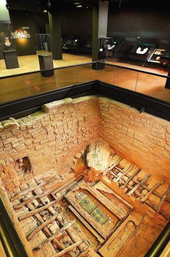 El Museo recrea cómo fue hallado el contexto funerario del Señor de Sipán en Huaca Rajada.