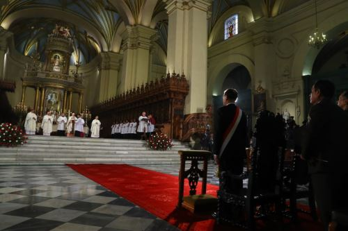Peru: President Vizcarra attends Mass and Te Deum on