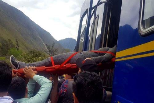 Heridos por el choque de trenes en la vía a Machu Picchu son atendidos en establecimientos de salud.