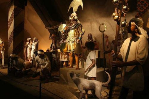 El Museo Tumbas Reales de Sipán custodia los restos del Señor de Sipán y otros personajes de élite de la cultura Mochica.