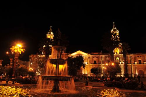 Plaza de Armas de Arequipa. Foto: James Posso/Promperú.