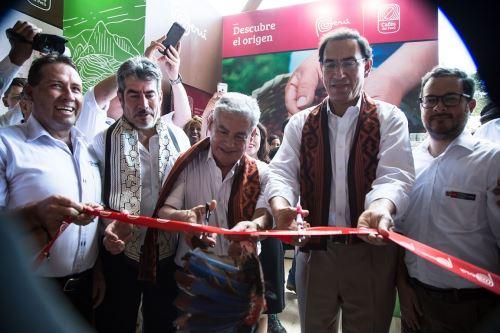 Presidente Martín Vizcarra encabezó ceremonia de inauguración de Expo Amazónica.